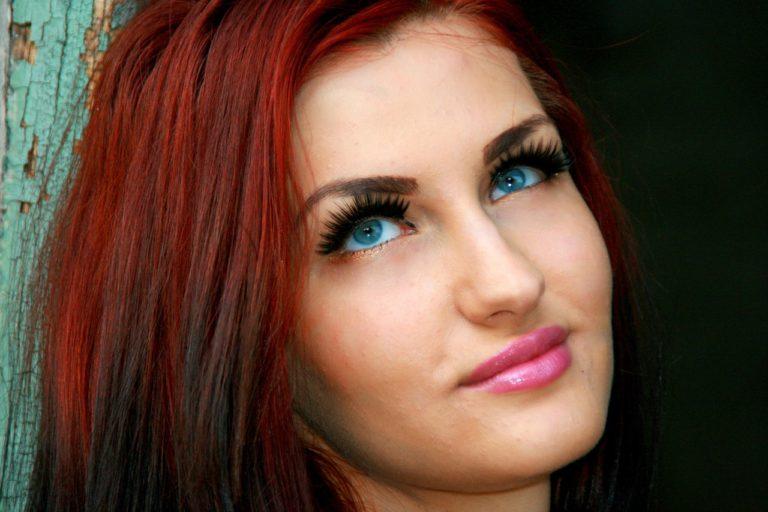 Jak farbować włosy aby ich nie zniszczyć?